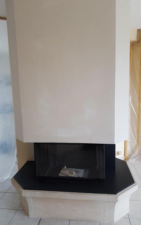 Foyer 790-3 V avec habillage granit