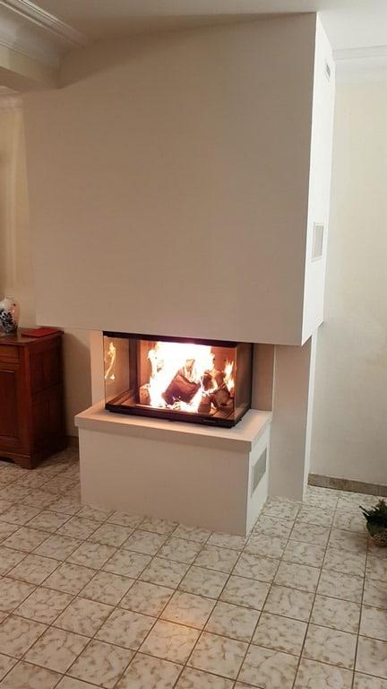 Cheminée en pierre marbrière du Portugal avec foyer 790-3V
